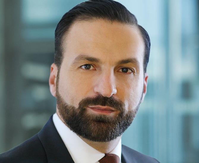 Foto von Hamed Mustafa Leiter Institutional Sales Deutschland im Bereich ETF und Index Investing, BlackRock