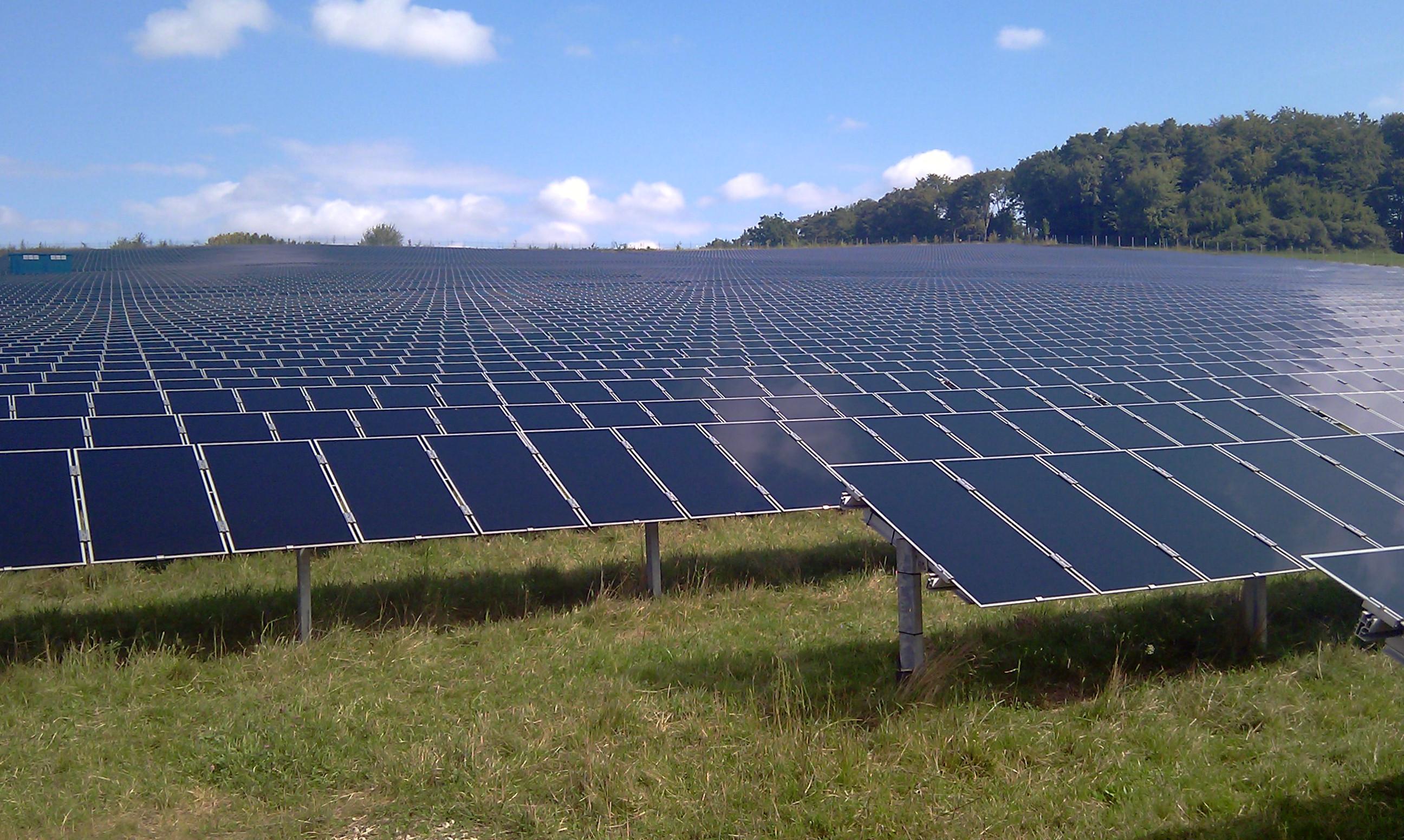 Solarpark Performance der einzelnen Asset-Klassen Der Diversifikationseffekt eines Windportfolios Wind und Solar hedgen sich gegenseitig