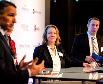Für ein Buy-and-Hold von Aktien: Ann-Grit Lehmann stellte die Vorteile eines solchen Ansatzes für die EVZ-Stiftung vor. (Foto: Andreas Schwarz)