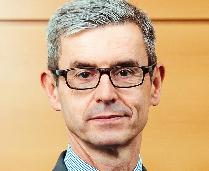 Dr. Oliver Lang, Vorstand der KZVK im Interview mit portfolio institutionell INstitutionel