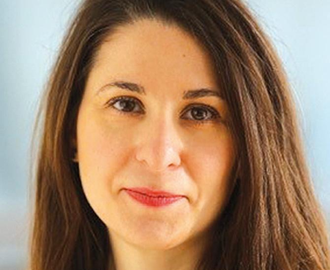 Victoria Arnold, Kundenbetreuerin deutscher Unternehmen & Pensionseinrichtungen – ETF und Index Investing und lokale ESG-Ansprechpartnerin bei BlackRock
