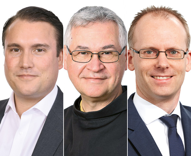 David Reusch (links), Geschäftsführer der Missionszentrale der Franziskaner, Pater Johannes (Mitte), Franziskanerpater und Theologieprofessor und Sebastian Riefe, Senior Portfoliomanager bei der Amgepa Investment GmbH