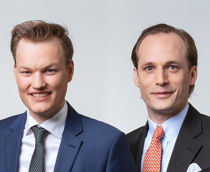 Wendelin von Gravenreuth und Dr. Hinrich Schulte nehmen Patrick Eisele mit auf eine Exkursion durch Wald und Flur beziehungsweise die Natural Resources der Munich Re.